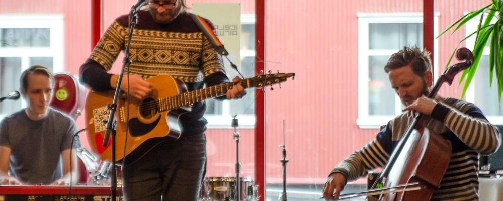 Helgi Valur, Iceland Airwaves Festival 2014, Rekyavik, day 2 Off Venue
