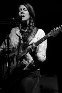She Keeps Bees, live, 2014, Trix, Antwerpen, Antwerp, concert
