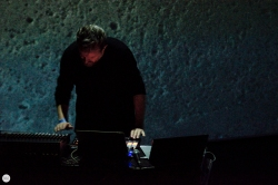 Valgeir Sigurðsson live 2017 Les Nuits Botanique Brussels © Caroline Vandekerckhove