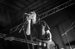 Courtney Barnett with Jen Cloher live 2017 DOK Gent Ghent © Caroline Vandekerckhove