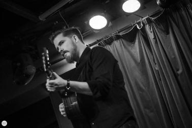 John Smith musician, Róisín Dubh Galway live 2017 © Caroline Vandekerckhove / dimly lit stages