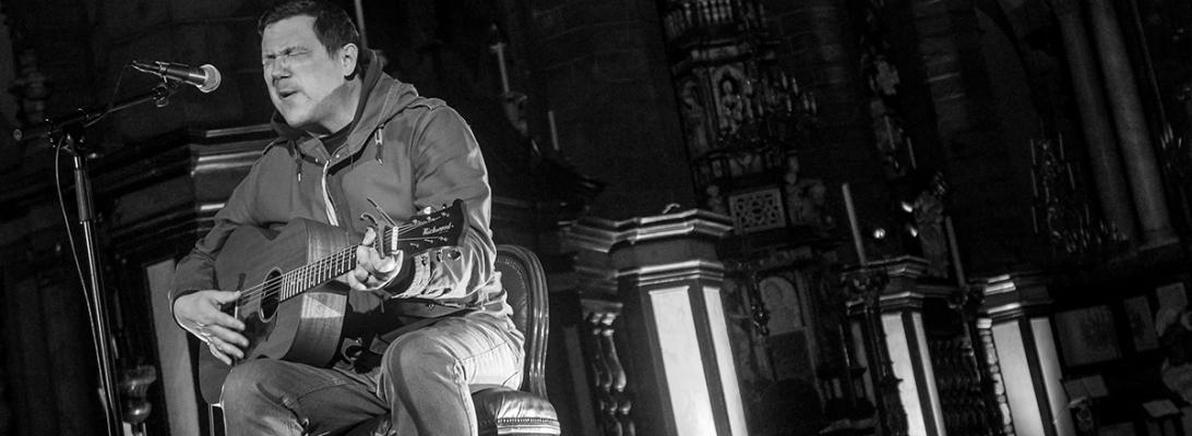 Damien Jurado live 2018, Sint-Jakobskerk, Gent Ghent © Caroline Vandekerckhove