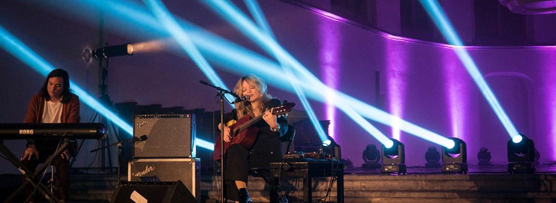 Jessica Pratt live 2018 le guess who Utrecht Janskerk © Caroline Vandekerckhove